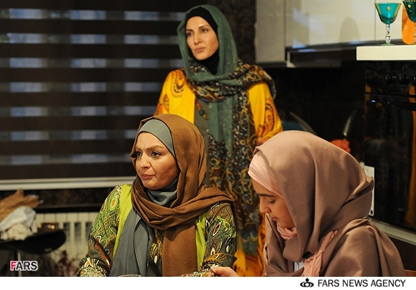 عکسهای فیلم تلویزیونی چهل | فاطمه گودرزی و شهرزاد عبدالمجید