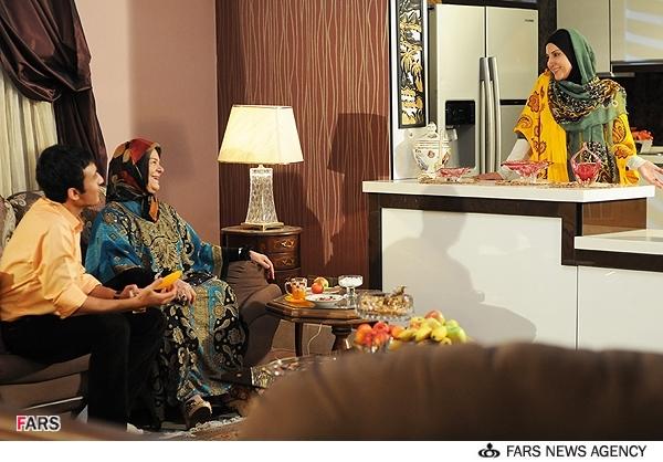 عکسهای فیلم تلویزیونی چهل | فاطمه گودرزی و زهره صفوی