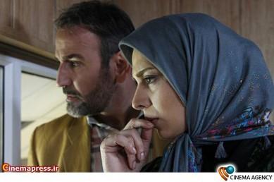 صالح میرزاآقایی و روشنک عجمیان در فیلم تلویزیونی دختران معجزه به کارگردانی شبنم عرفی نژاد