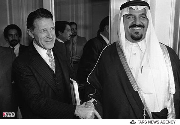 سلطان بن عبدالعزیز وزیر دفاع سعودی و گاسپار واینبرگر وزیر دفاع ریگان