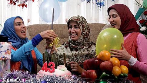 سمیرا حسینی با لیلا بلوکات در قسمت عکسهای سریال آسمان همیشه ابری نیست, تصاویر بازیگران سریال آسمان همیشه ابری نیست, عکس آسمان همیشه ابری نیست, سریال اسمان همیشه ابری نیست, عکسهایی از مجموعه اسمان همیشه ابری نیست